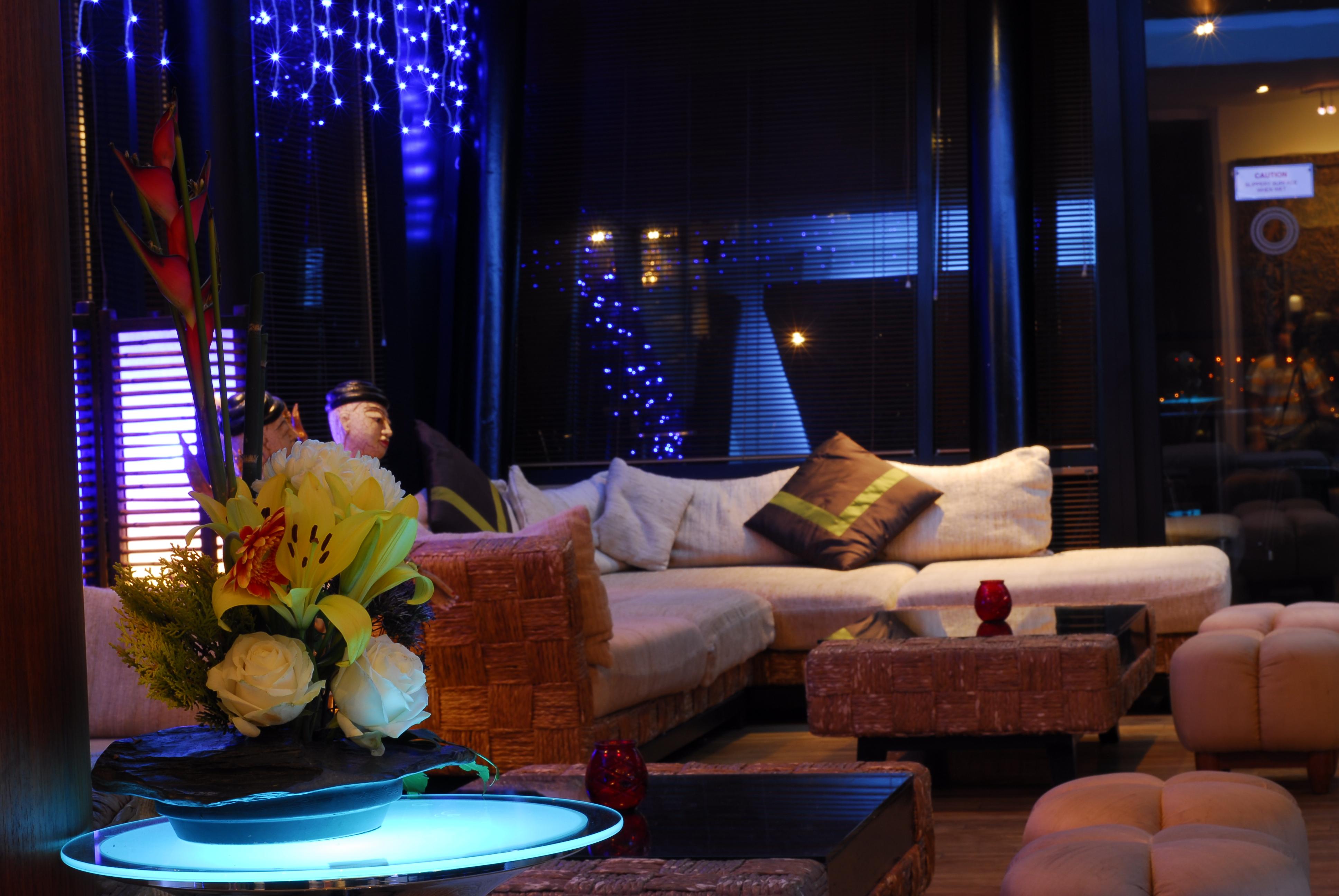 Living Room Bar And Terrace Bar Thai Terrace
